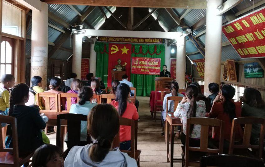 Khai giảng lớp đào tạo nghề lao động nông thôn xã Đăk R'Tih 2018