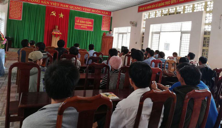 Khai giảng lớp đào tạo nghề lao động nông thôn xã Quảng Trực 2018
