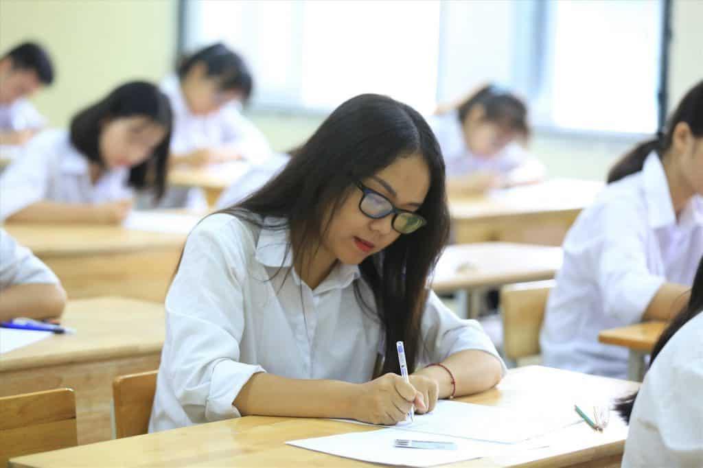 14 tỉnh thông báo đổi lịch học, học sinh THPT trở lại trường từ ...